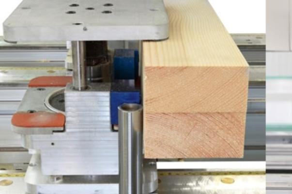 zaciski pneumatyczny pozwalający na mocowanie ramiaków okiennych lub drzwiowych w zakresie 60-120 mm